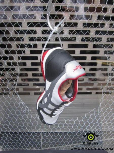 有创意的鞋子陈列_联商网-经营管理