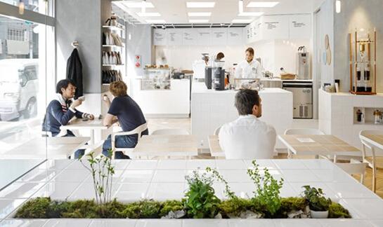 coutume咖啡厅东京青山店 清新的餐饮空间